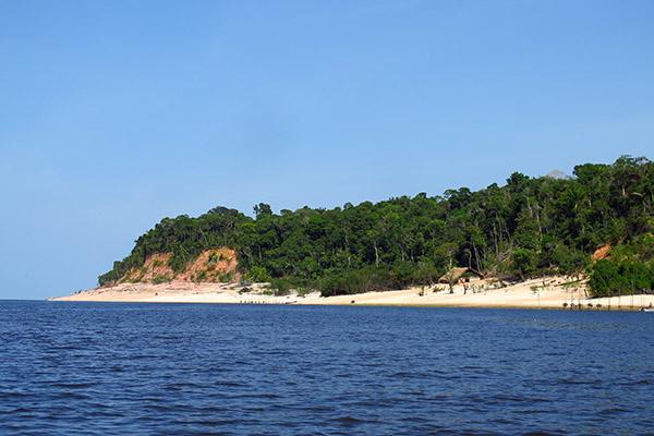 Praia de rio Amazonia