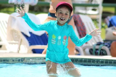 Gi na piscina do Club Med Lake Paradise
