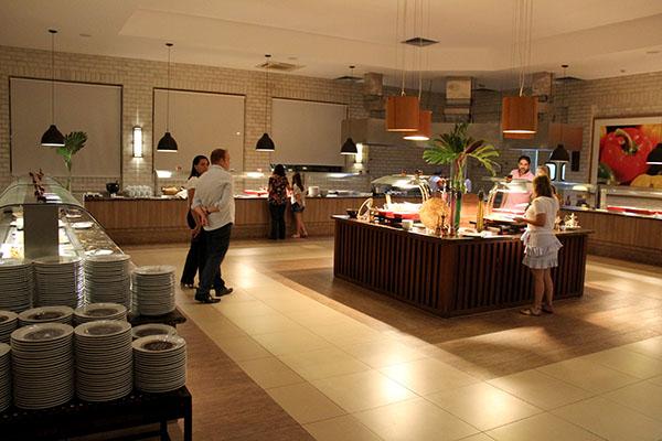 Rio Quente Resorts - Hotel Cristal - Restaurante Da Mata - buffet