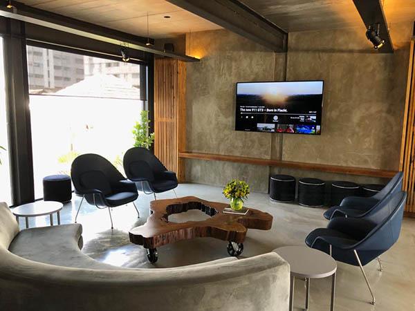 911 Restaurante - Sala TV