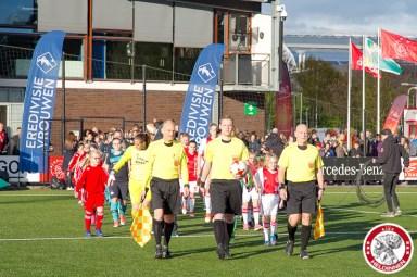 28-04-2017: Voetbal: Vrouwen Ajax v PSV: Amsterdam Opkomst Ajax en PSV