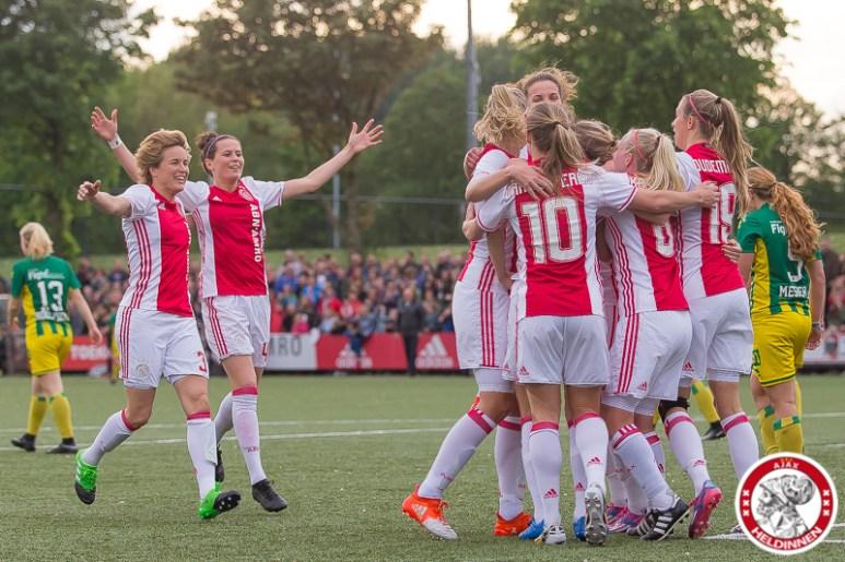 2017-05-19 Ajax vrouwen - Ado den Haag KAMPIOEN- 00005
