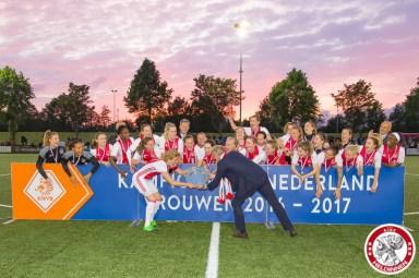 2017-05-19 Ajax vrouwen - Ado den Haag KAMPIOEN- 00015