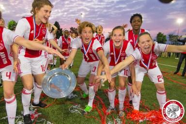 2017-05-19 Ajax vrouwen - Ado den Haag KAMPIOEN- 00020