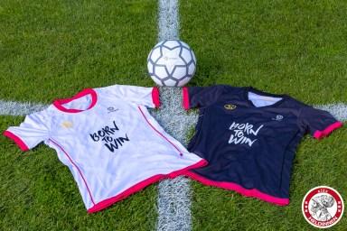02-09-2017: Voetbal: Presentatie en aftrap Eredivisie vrouwen: seizoen 2017-2018 La League in Olympisch Stadion Amsterdam Liona tenues