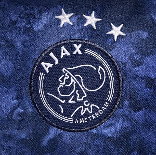 Ajax-uitshirt-2017-2018-4