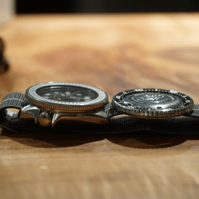 New coin-edge bezel installed (left), compared to sock Seiko bezel (right)