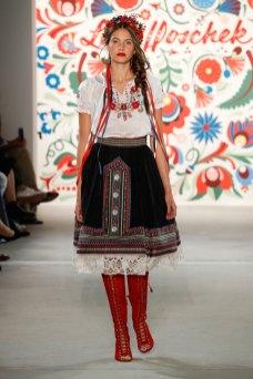 ss-2018_fashion-week-berlin_DE_0199_lena-hoschek_71765