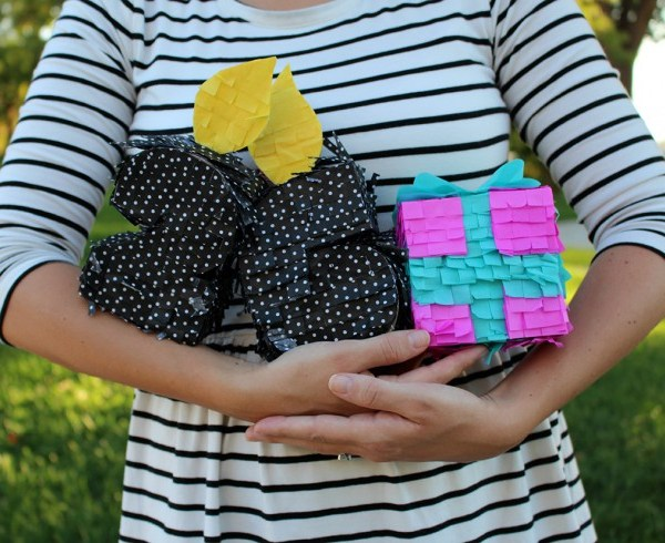 Handheld Birthday Mini Piñatas