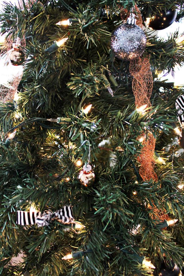 DIY Copper Christmas Decor | A Joyful Riot #ajoyfulriot