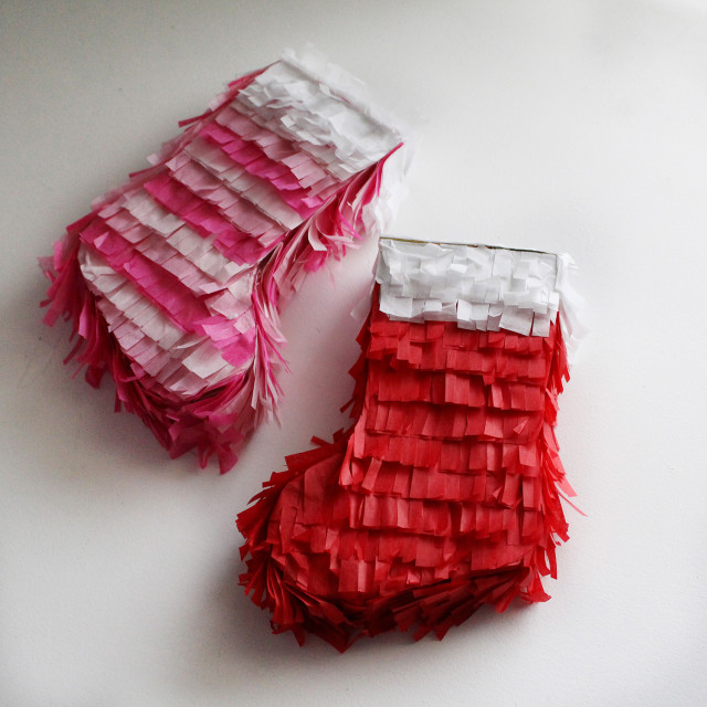 Make mini pinatas for stockings! | A Joyful Riot @ajoyfulriot