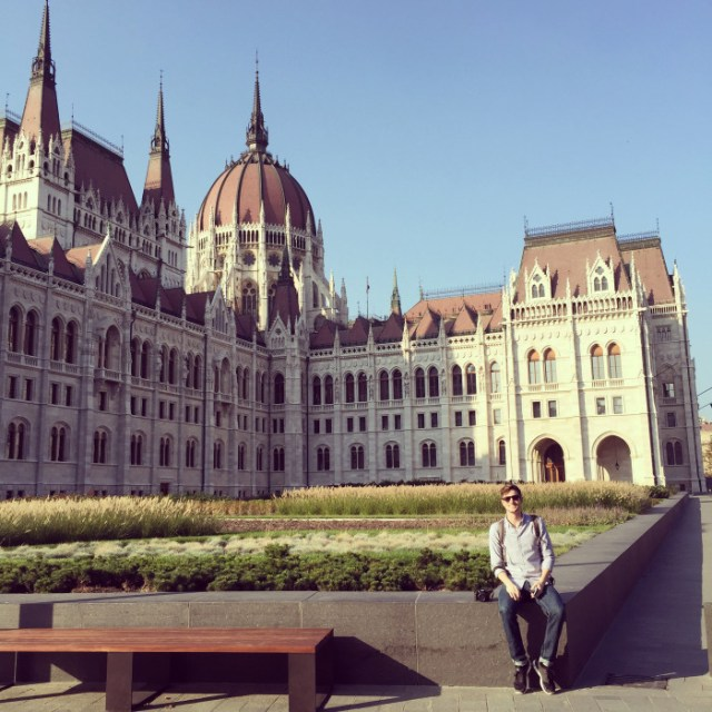 budapest greg at parliament2