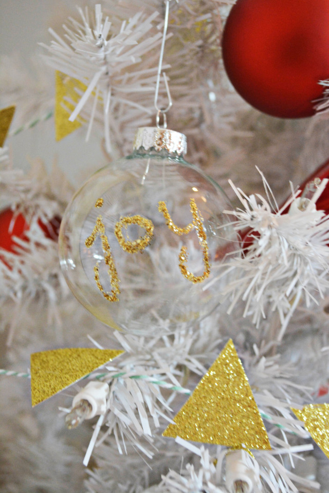 Glitter Word Ornament DIY | A Joyful Riot @ajoyfulriot
