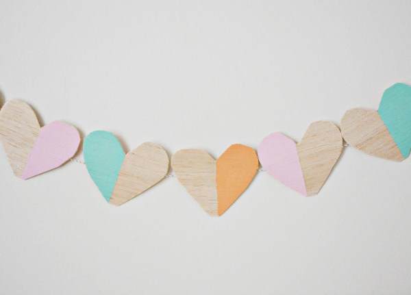 Wood Blocked Heart Garland