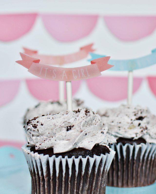 shrinky dink baby shower cake toppers @ajoyfulriot