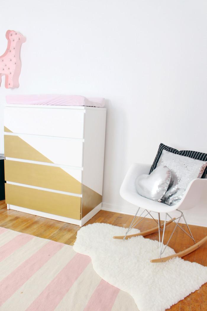 Black, white, pink nursery via ajoyfulriot.com @ajoyfulriot 17
