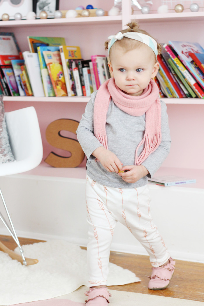 DIY Baby and Toddler Harem Pants with Free Pattern NB-4T from ajoyfulriot.com @ajoyfulriot