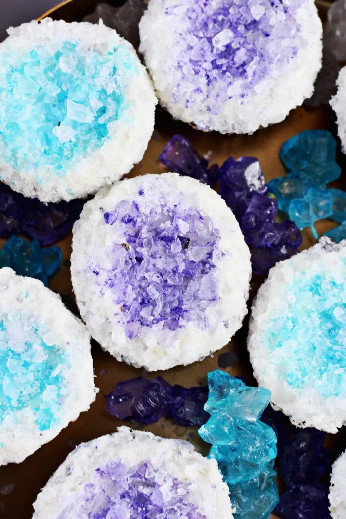 Make gorgeous cupcakes that look like geode rocks with some rock candy! via ajoyfulriot.com