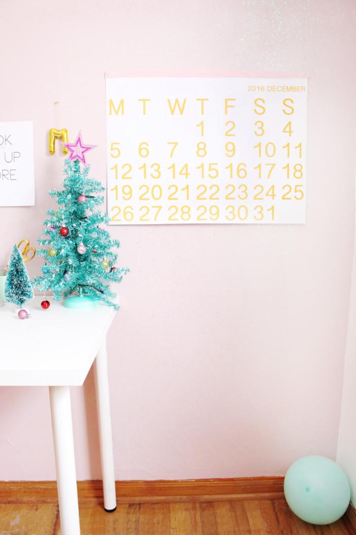 Free printable calendar! Orange minimal Stendig calendar | A Joyful Riot