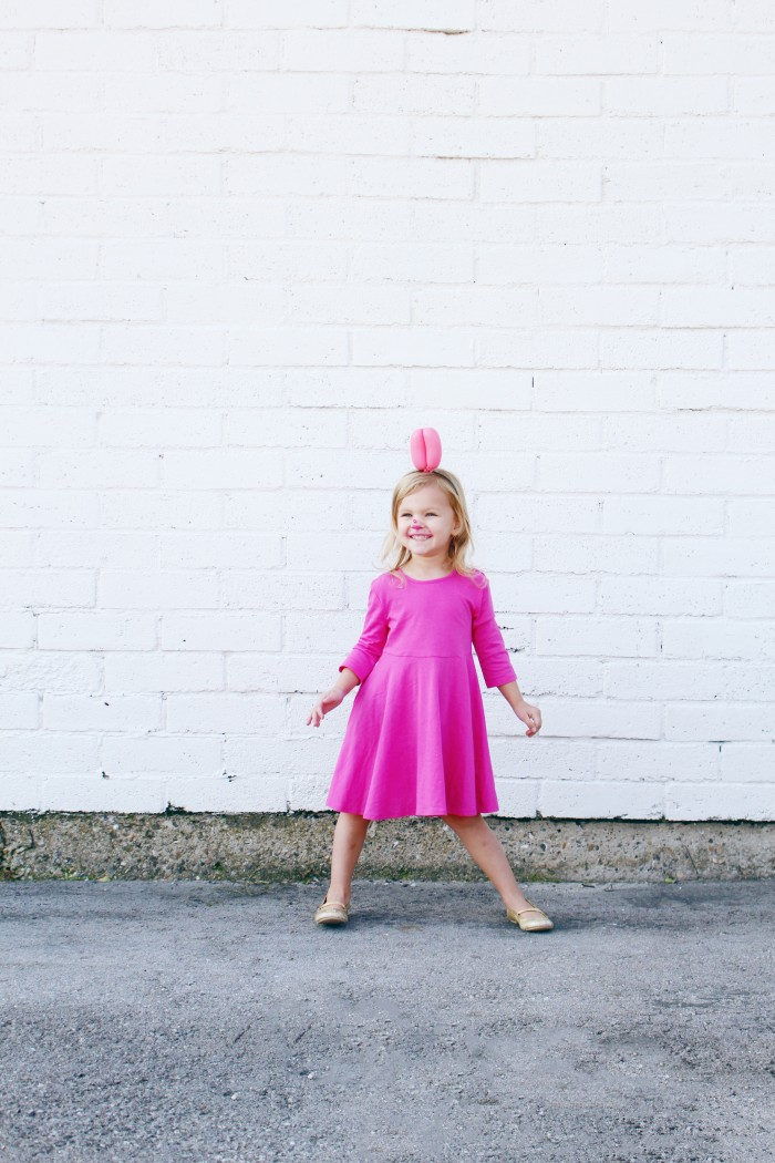 pink balloon dog halloween costume for little girl DIY