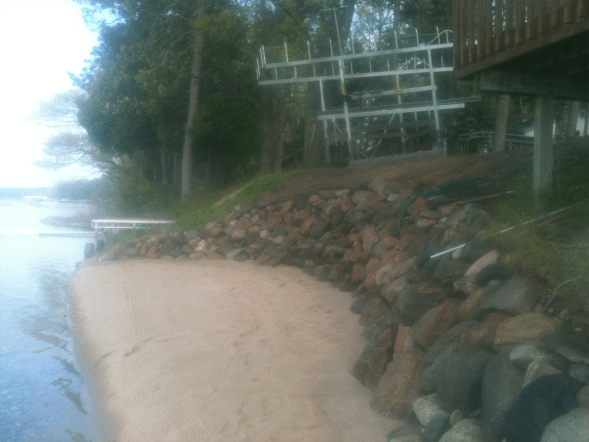 Rock shoreline 2 pic 3