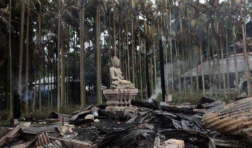 حرق معابد بوذية ببنغلاديش