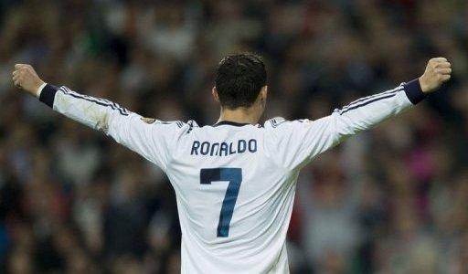 رونالدو يريد 400 الف جنيه استرليني اسبوعيا