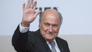 صورة بلاتر: كأس العالم عام 2022 ستقام في قطر