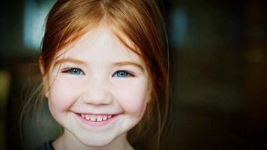 صورة الابتسامة أكثر الأنشطة نفعا على حياة الانسان