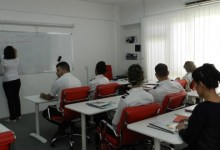 صورة النقل تفتح باب القبول للدراسة في اكاديمية العراق للطيران على نفقتها