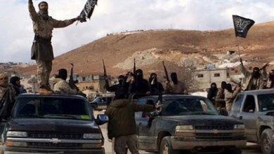 صورة داعش وذئاب الصحراء يودون بحياة 100 نازح ومنتسب