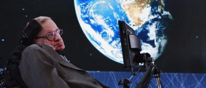 العالم الفيزيائي ستيفن هوكينغ يحذر من مستقبل سيئاً ينتظر الأرض