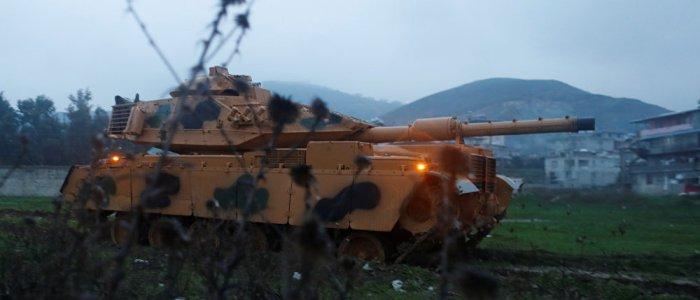 الجيش التركي يعلن تطويق مدينة عفرين السورية