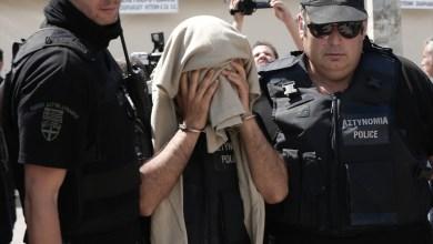 صورة اليونان تمنح حق اللجوء للانقلابيين الأتراك الفارين إليها وأنقرة تنتقد القرار