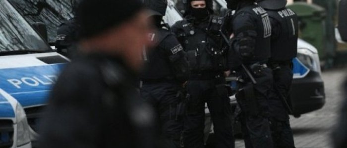 السلطات الألمانية تعتقل عراقي للاشتباه في انتمائه لداعش
