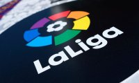 """برشلونة الاسباني يعلن حمل شعار """"الليجا"""" في الموسم المقبل"""