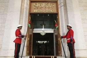 الدفاع توجه نداءاً انسانياً بشأن رفاة عراقيين وكويتيين  وإيرانيين