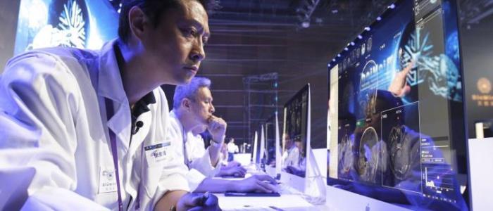 فاينانشيال تايمز: الصين تصارع الولايات المتحدة على تقنيات الذكاء الاصطناعي