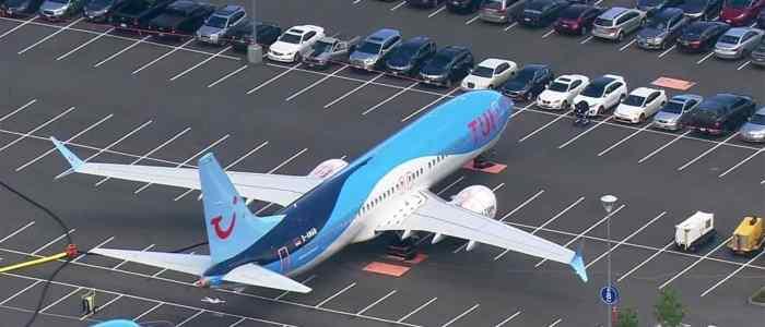 """بالصور.. بوينغ تركن طائرات 737 ماكس في """"أغرب مكان"""""""