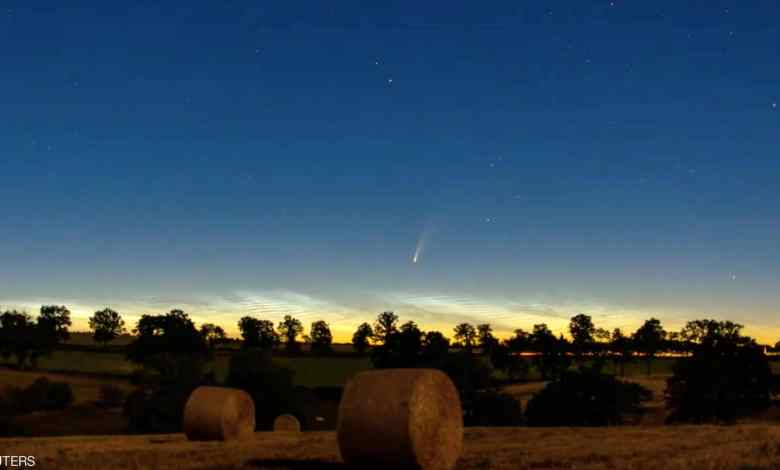 صورة عرض ضوئي فوق الأرض لن نراه ثانية قبل 6800 عام !