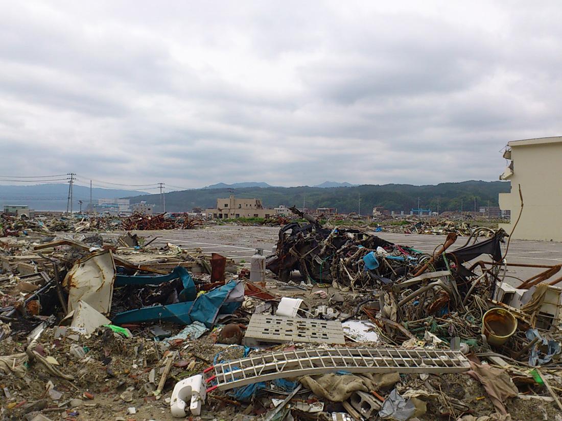 東日本大震災   赤い羽根共同募金