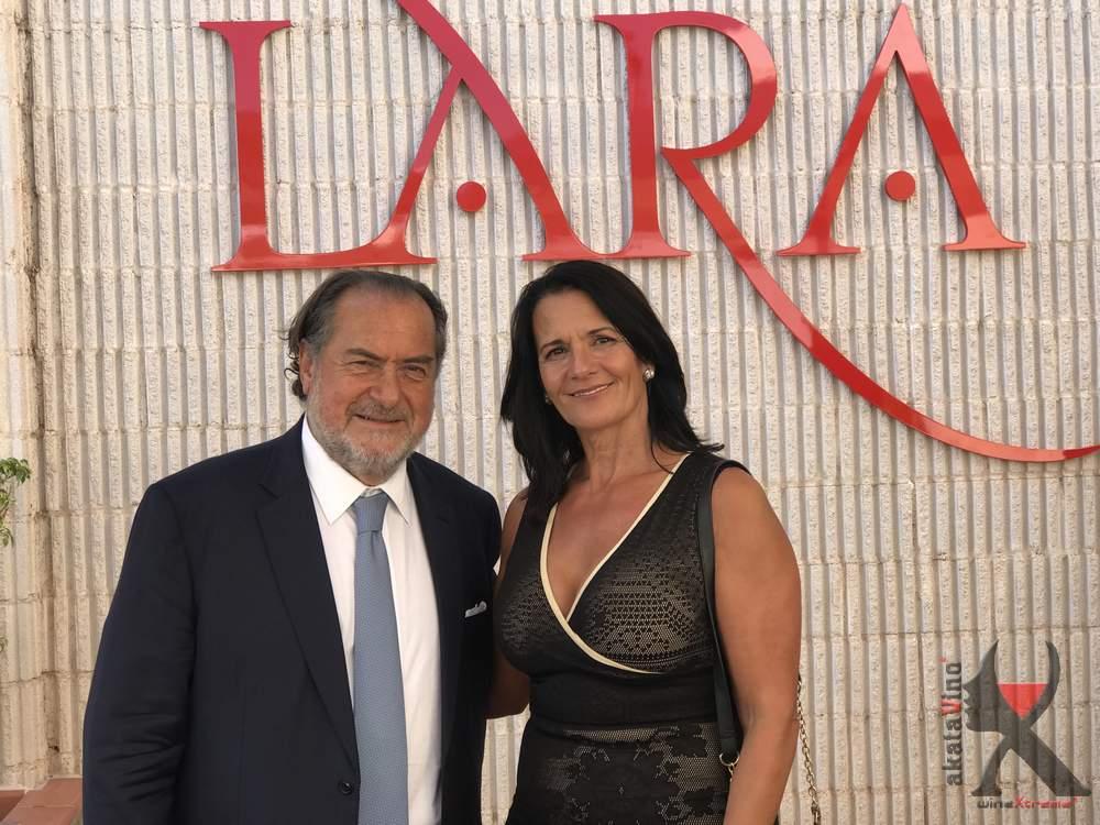 María Gema de AkataVino Magazine y Michel Rolland
