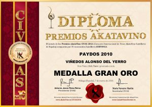 Paydos 2010 Alonso del Yerro Diploma Medalla GRAN ORO CIVAS 2016 © akataVino.es