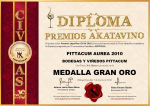 Pittacum Aurea 2010 Diploma Medalla GRAN ORO CIVAS 2016 © akataVino.es