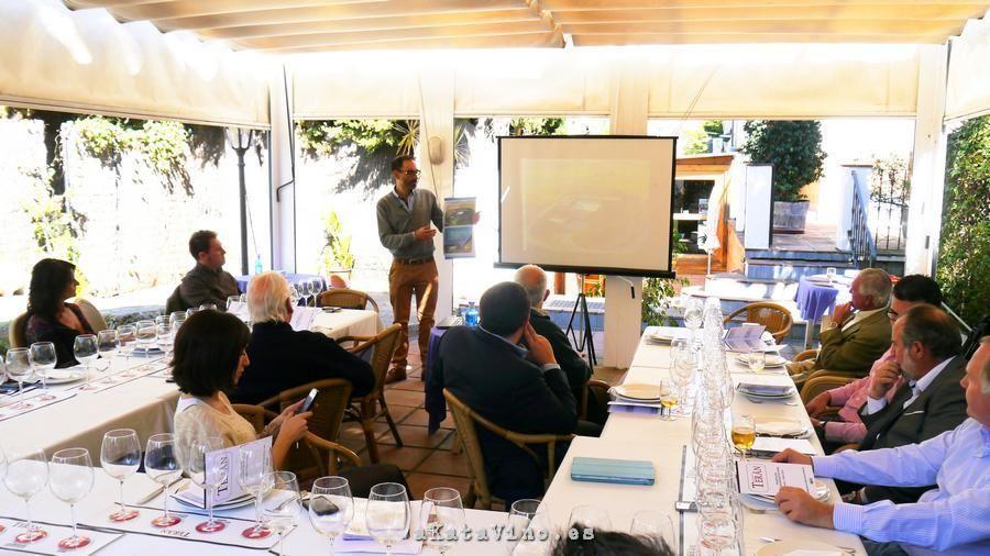 Presentacion Bodegas Marques de Teran © akataVino.es 2015 (5)