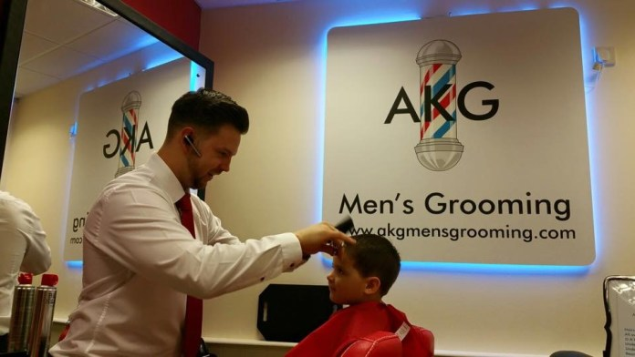AKG MENS ROOMING KIDS HAIRCUT