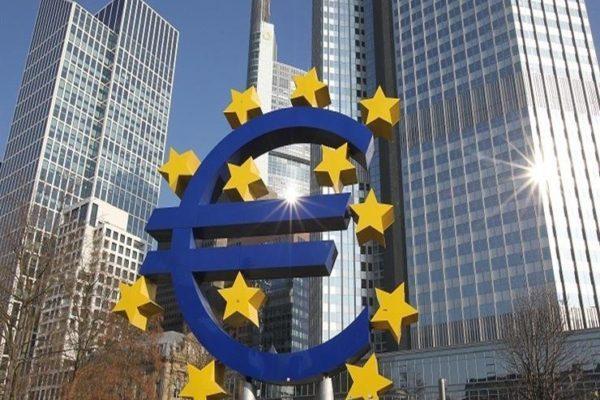مسؤول أوروبي: اقتصاد منطقة اليورو لن يعود لمستويات ما قبل كورونا حتى 2021
