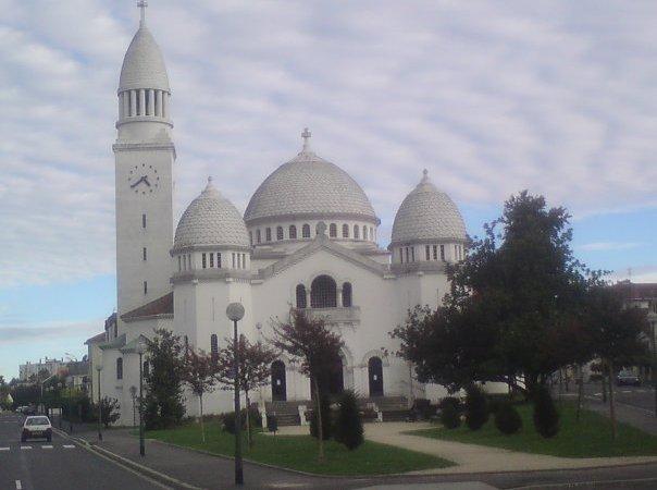 Menilik Jejak Islam di Perancis (Bag-1)