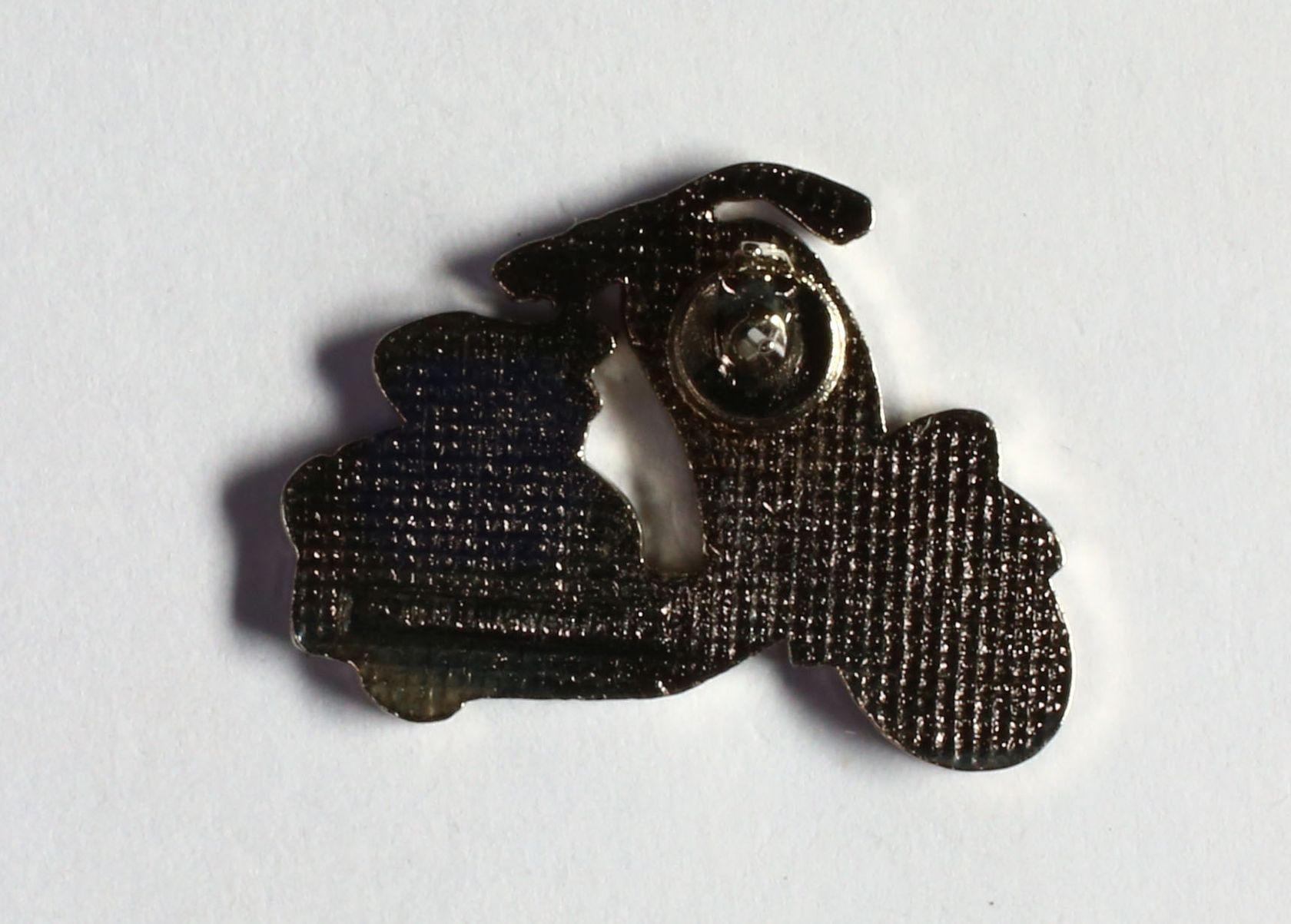 Vespa blanche selle noire (Petit modèle)