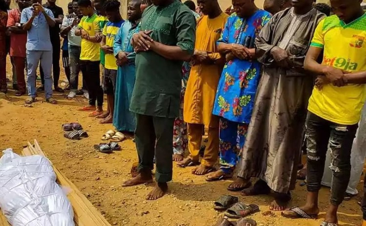 Late Remo footballer star, Kazeem Tiamiyu who was killed by SARS has been laid to rest today (See heartbreaking photos)